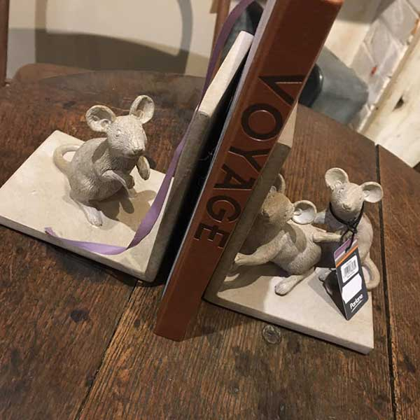 Mouse Book Ends